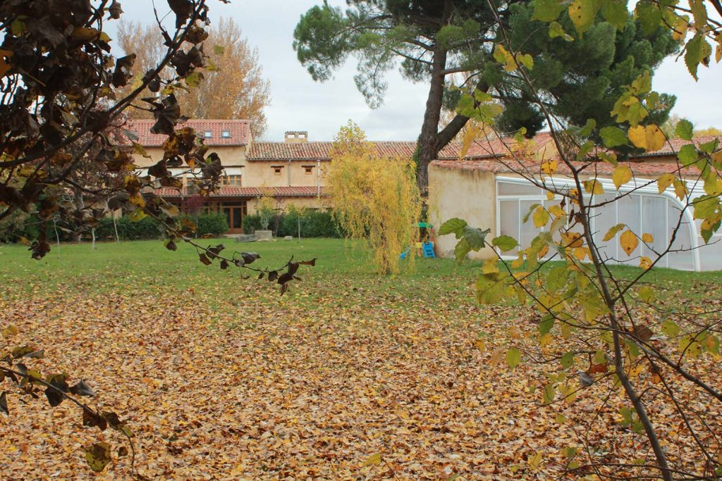 Hotel rural el jard n de la huerta en sahag n le n for El jardin leon